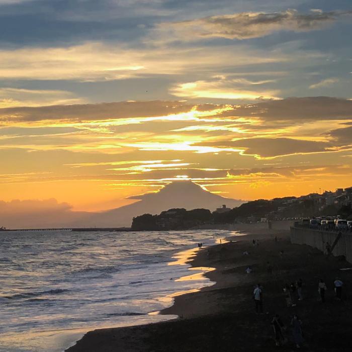七里ヶ浜の夕景・9月8日篇。_b0022268_19402903.jpg