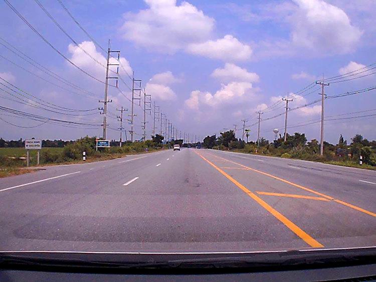 Driving in Suphanburi, Thailand_b0131470_17560827.jpg