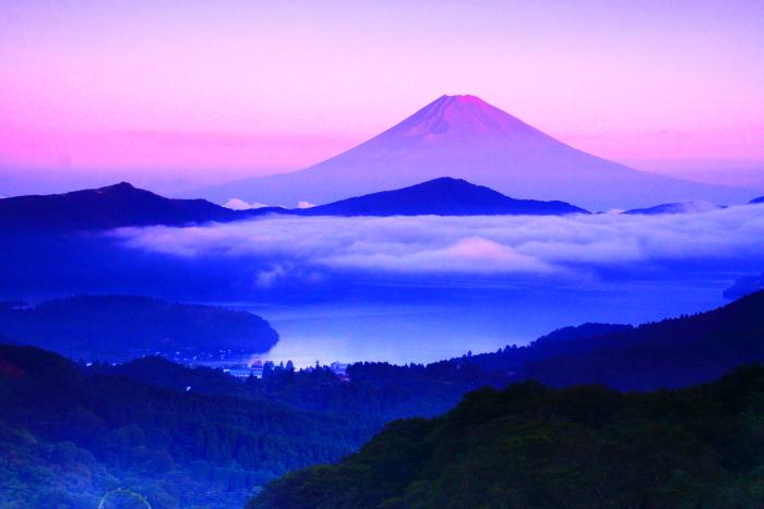 令和2年8月の富士(20) 大観山の赤富士 _e0344396_23014053.jpg