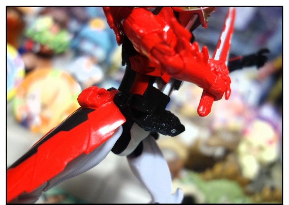 RKF仮面ライダーセイバー ブレイブドラゴン!!_f0205396_17574491.jpg
