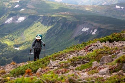大雪高原温泉~黒岳へ縦走登山。_d0198793_11421814.jpg