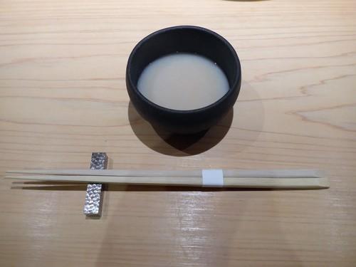 渋谷「熟成鮨 万」へ行く。_f0232060_1855966.jpg