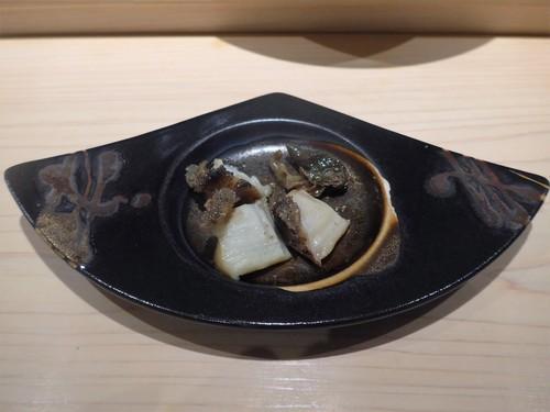 渋谷「熟成鮨 万」へ行く。_f0232060_199361.jpg