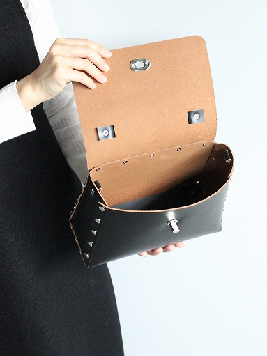 Hender Scheme assemble leather products_b0139281_1454626.jpg