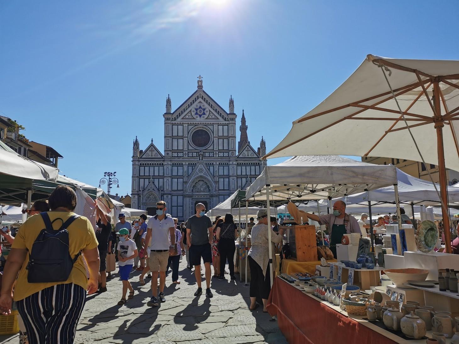 フィレンツェのオーガニック市フィエルーコラ~今回のテーマは「パン」_f0106597_04115923.jpg