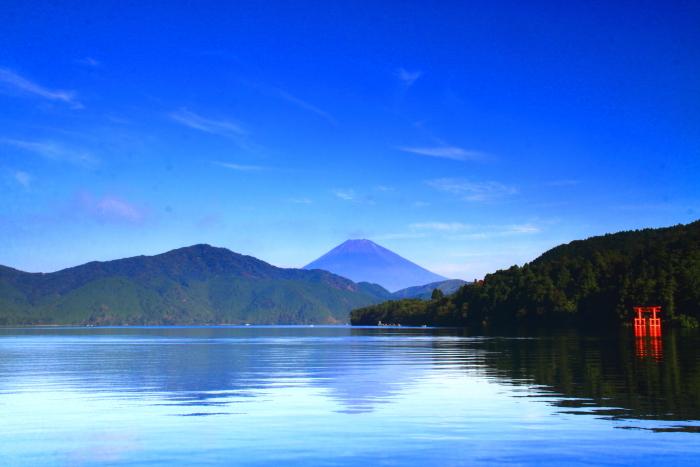 令和2年8月の富士(22) 芦ノ湖越しの富士 _e0344396_10372720.jpg