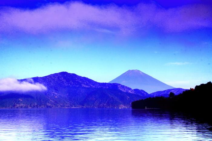 令和2年8月の富士(22) 芦ノ湖越しの富士 _e0344396_10372781.jpg