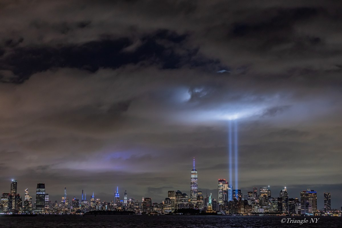 Tribute in Light 2020_a0274805_03440545.jpg