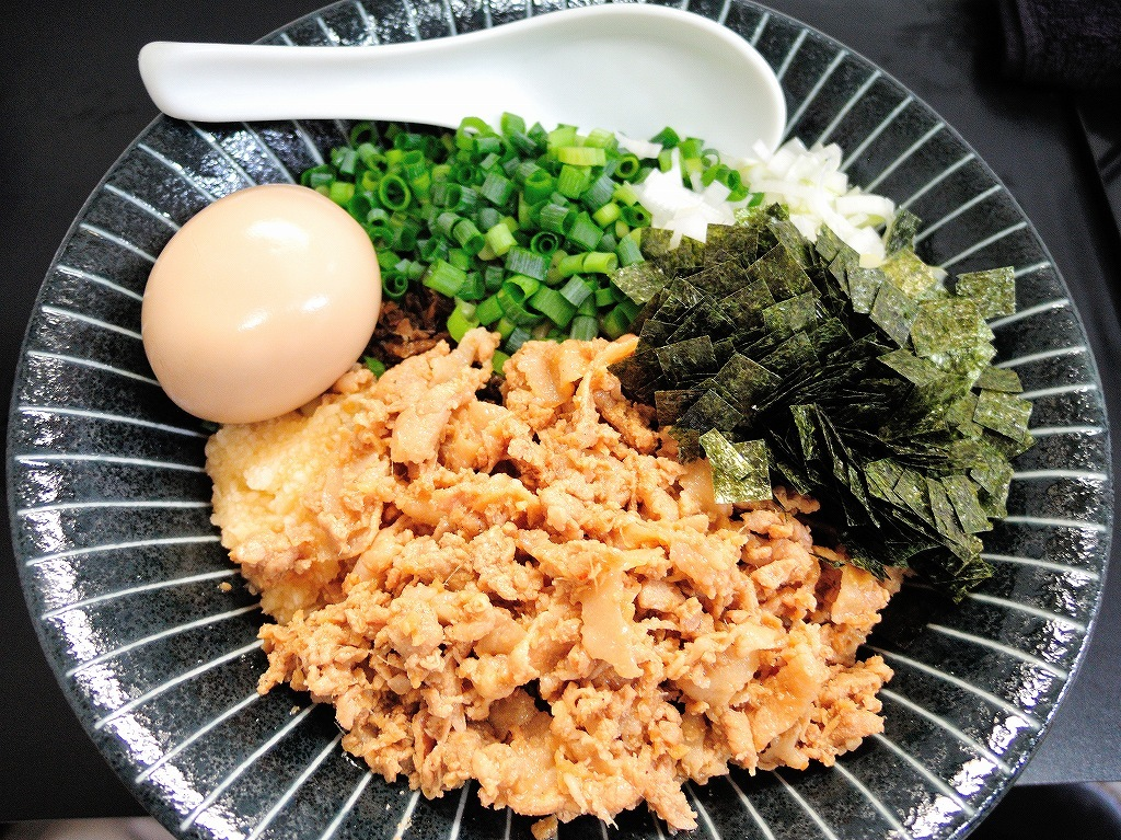自家製麺 SHIN(新)@反町_c0395834_21554939.jpg