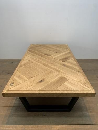 LOW TABLE_c0146581_14245820.jpg