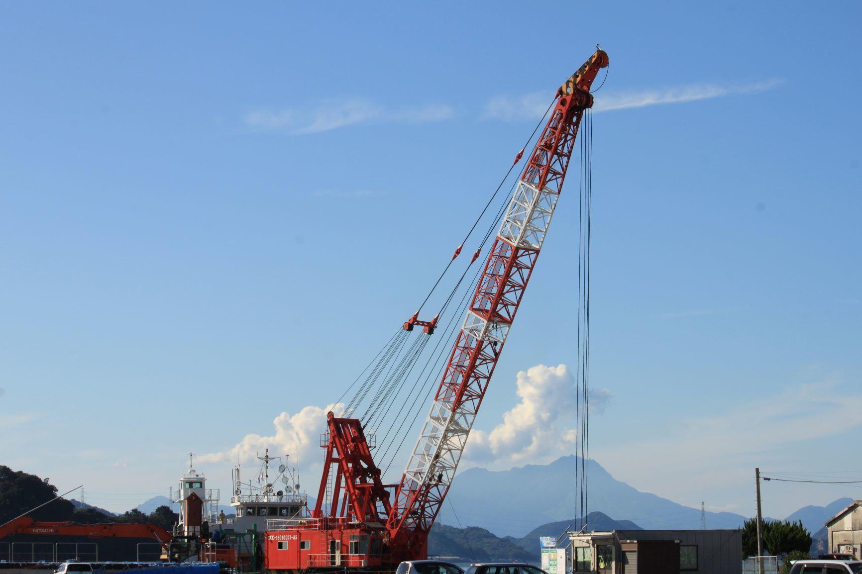 港から見える風景(2)。_c0368903_05295212.jpg