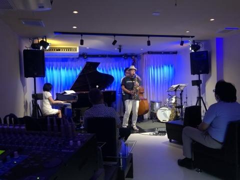 ジャズライブカミン Jazzlive Comin 広島 本日9月15日火曜日の演目_b0115606_10562199.jpeg