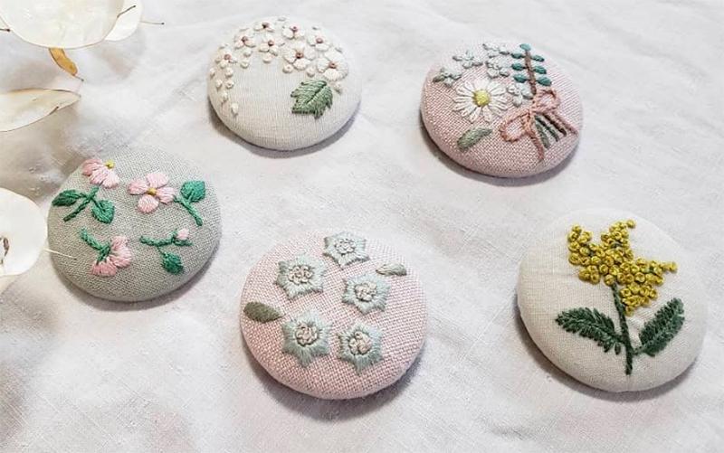 miniZ【toietmoi(トワエモア)作品展 @ miniZ】刺繍とビーズと_a0017350_04002938.jpg