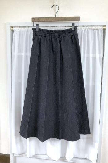 デニムシリーズ ~10枚剥ぎスカート~_f0182167_09142575.jpeg