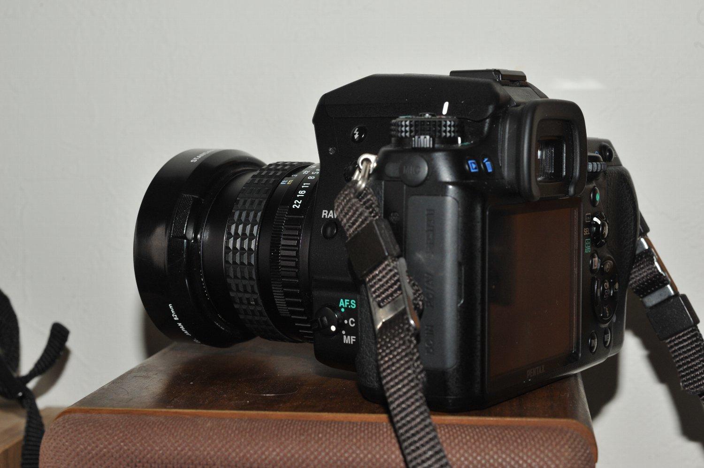 SMC Pentax 50mm F1.4 を K-7 に 付けて_b0069128_17423732.jpg