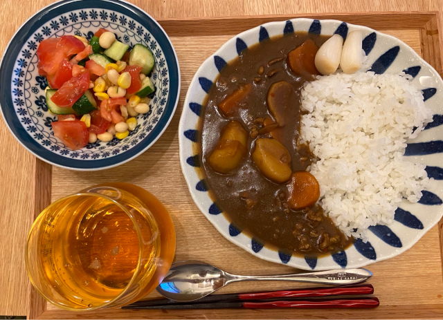 晩ご飯やらお弁当やら(チンジャーロース・余った餃子の餡を使ったおかずなど)_b0223446_12550626.jpg