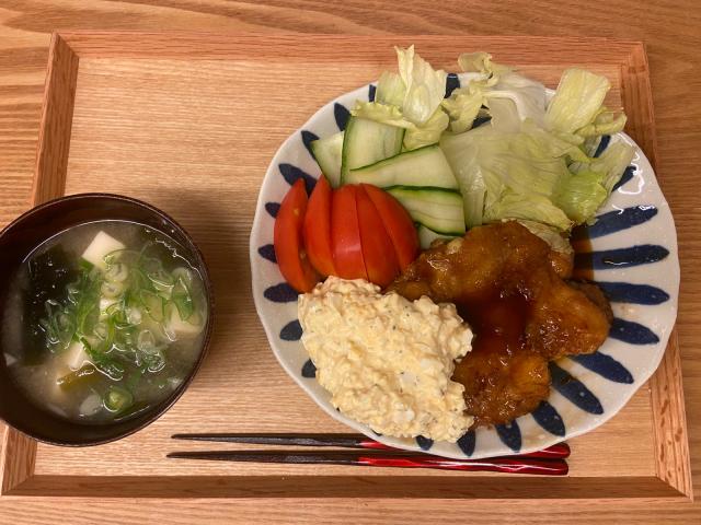 晩ご飯やらお弁当やら(チンジャーロース・余った餃子の餡を使ったおかずなど)_b0223446_12550752.jpg