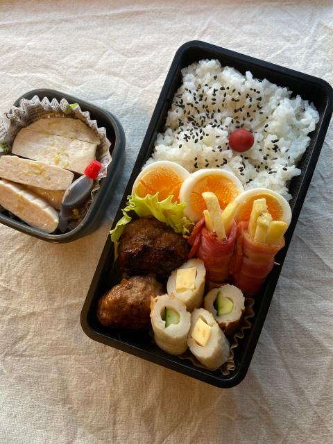 晩ご飯やらお弁当やら(チンジャーロース・余った餃子の餡を使ったおかずなど)_b0223446_12552824.jpg