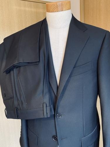 ~フォーマルブラック スーツ&ネクタイ~ 【Sartoria Iwate】 編_c0177259_21385068.jpeg