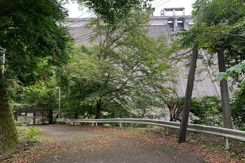 (飽きずに)松姫峠から葛野川ダムへ 2020年9月13日_d0123571_2046054.jpg