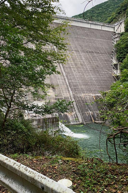 (飽きずに)松姫峠から葛野川ダムへ 2020年9月13日_d0123571_20463087.jpg