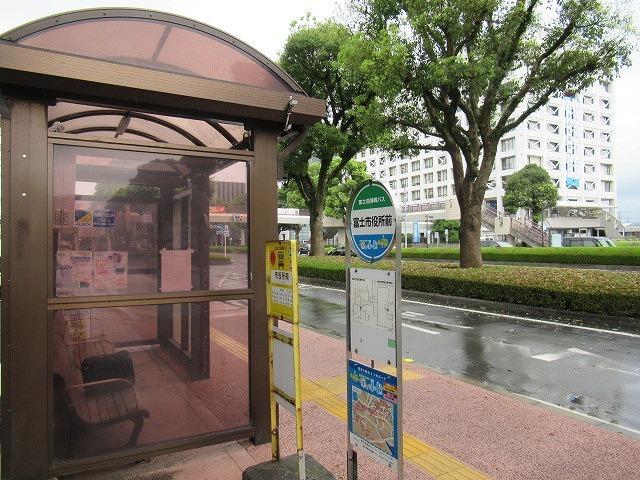 バス・電車で県庁へ しかしせっかくのバスロケ―ションシステムもまだ私は理解不足!_f0141310_07011796.jpg