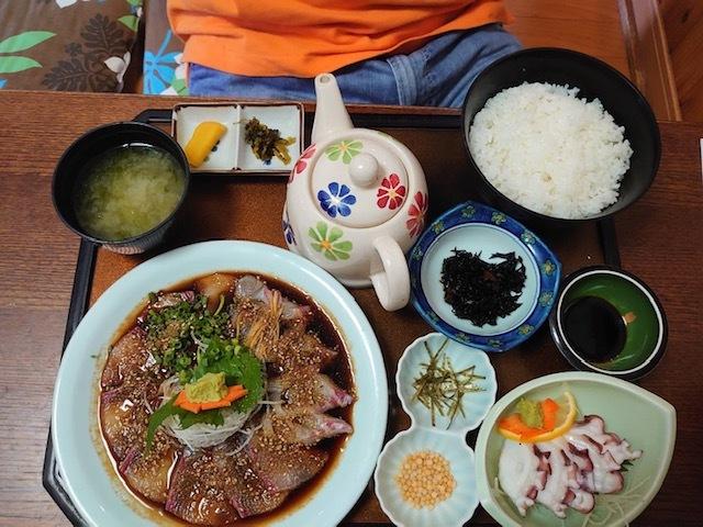 天草に海鮮丼を食べに行ってきました。_e0184224_11475407.jpg