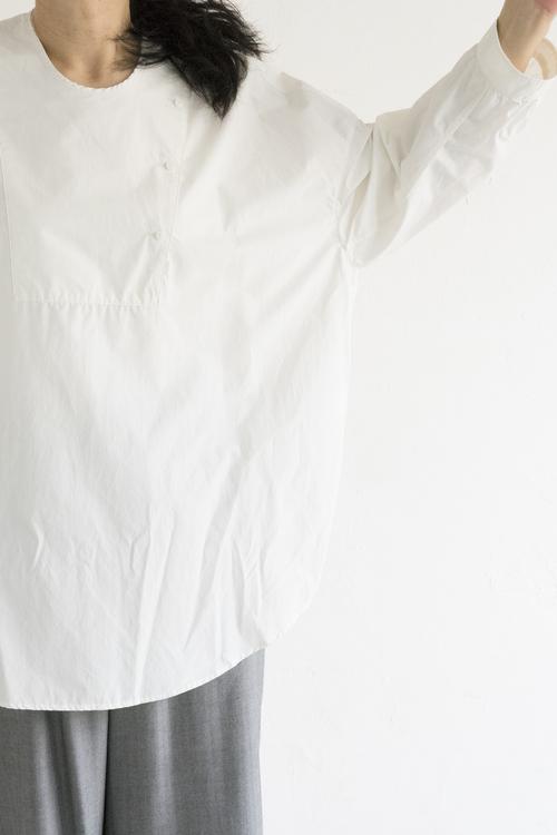 NO CONTROL AIR プルオーバー ビッグシャツ (オフホワイト)_d0120442_1922319.jpg