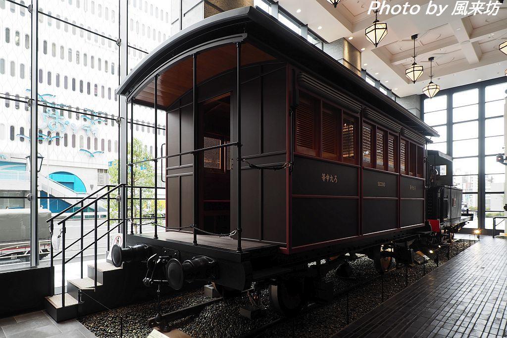 110形蒸気機関車を眺める_d0358854_13573874.jpg