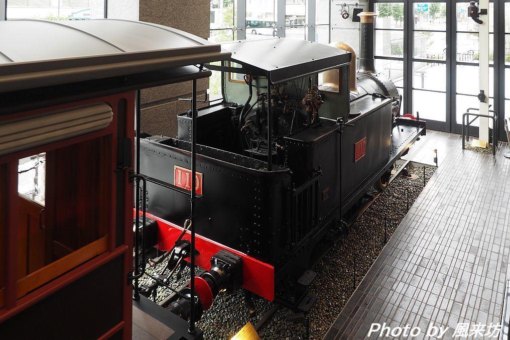 110形蒸気機関車を眺める_d0358854_13591738.jpg