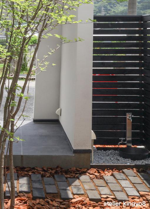 中庭のデザイン_b0132663_11260051.jpg