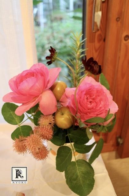 「小さな花器」をつくっています & 秋のお花をいける_c0128489_17505943.jpeg