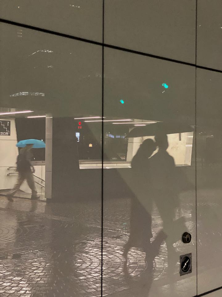 雨の新宿西口_b0058021_10411734.jpg