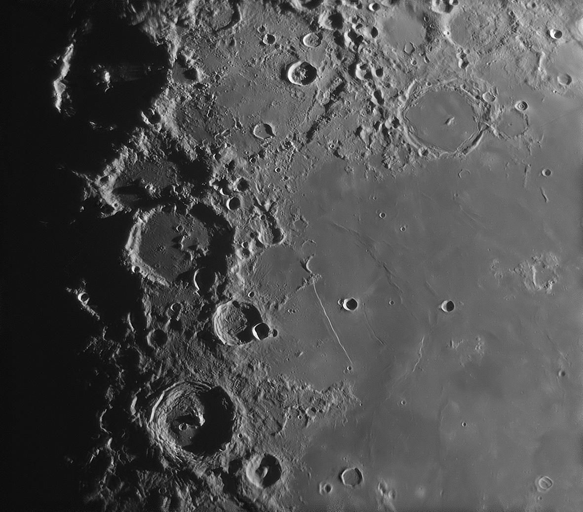 月面 色々_f0347332_08170858.jpg