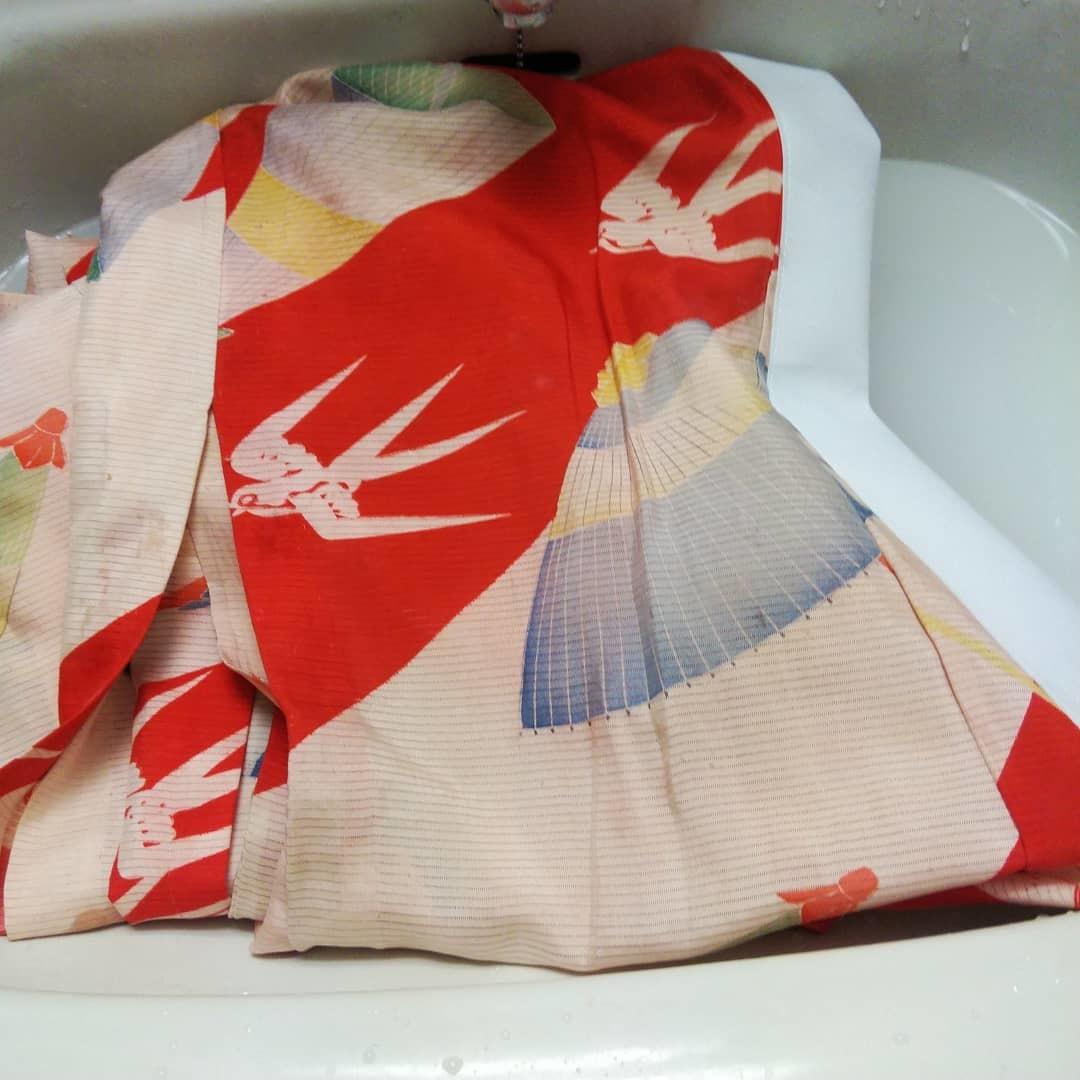 200919 アンティーク絽長襦袢の襟交換と手洗い_f0164842_15201005.jpg