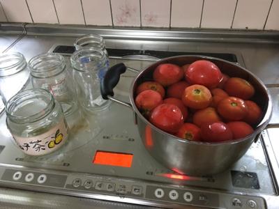 トマト、トマト、真っ赤なと、ま、と_c0380878_19504035.jpg