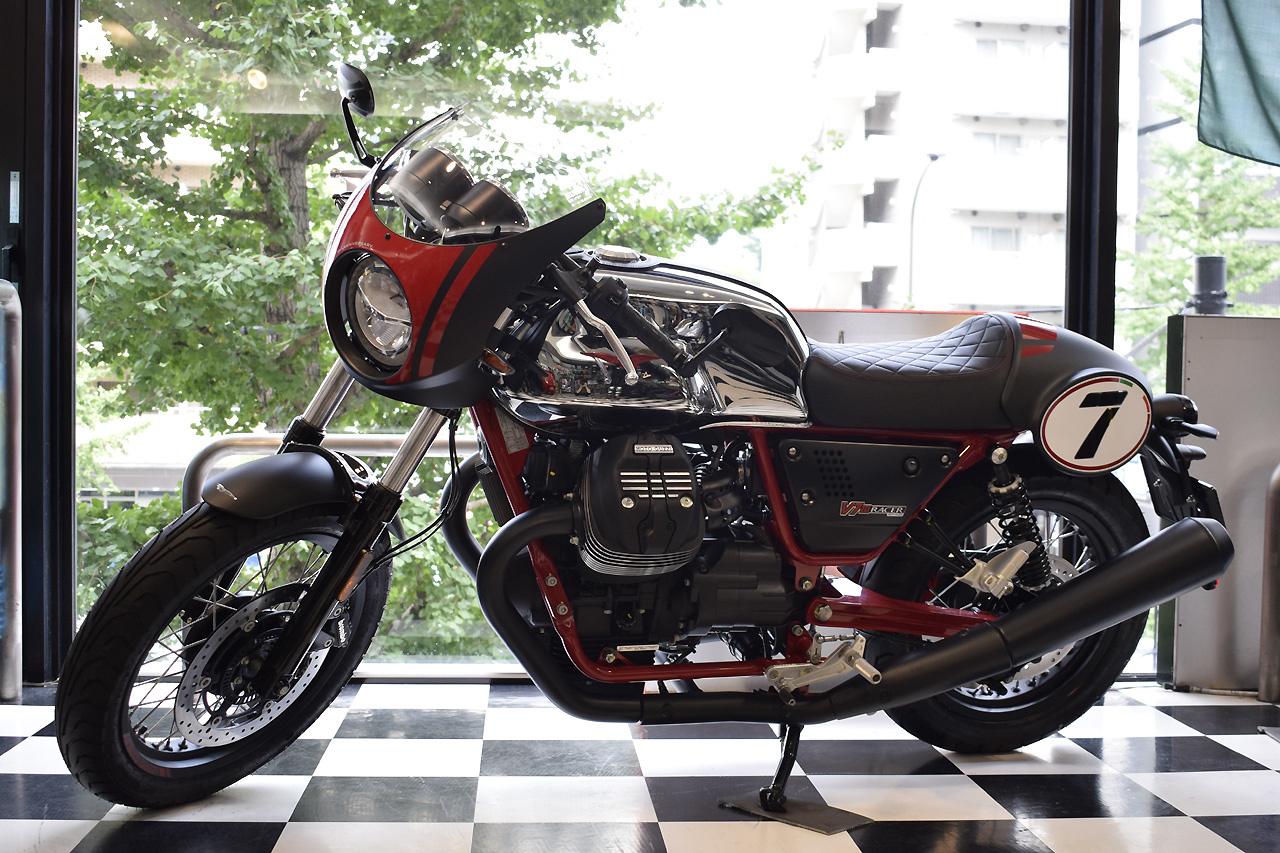 MOTO GUZZI V7 III Racer 10th ANNIVERSARY 入荷!_d0099181_11001633.jpg