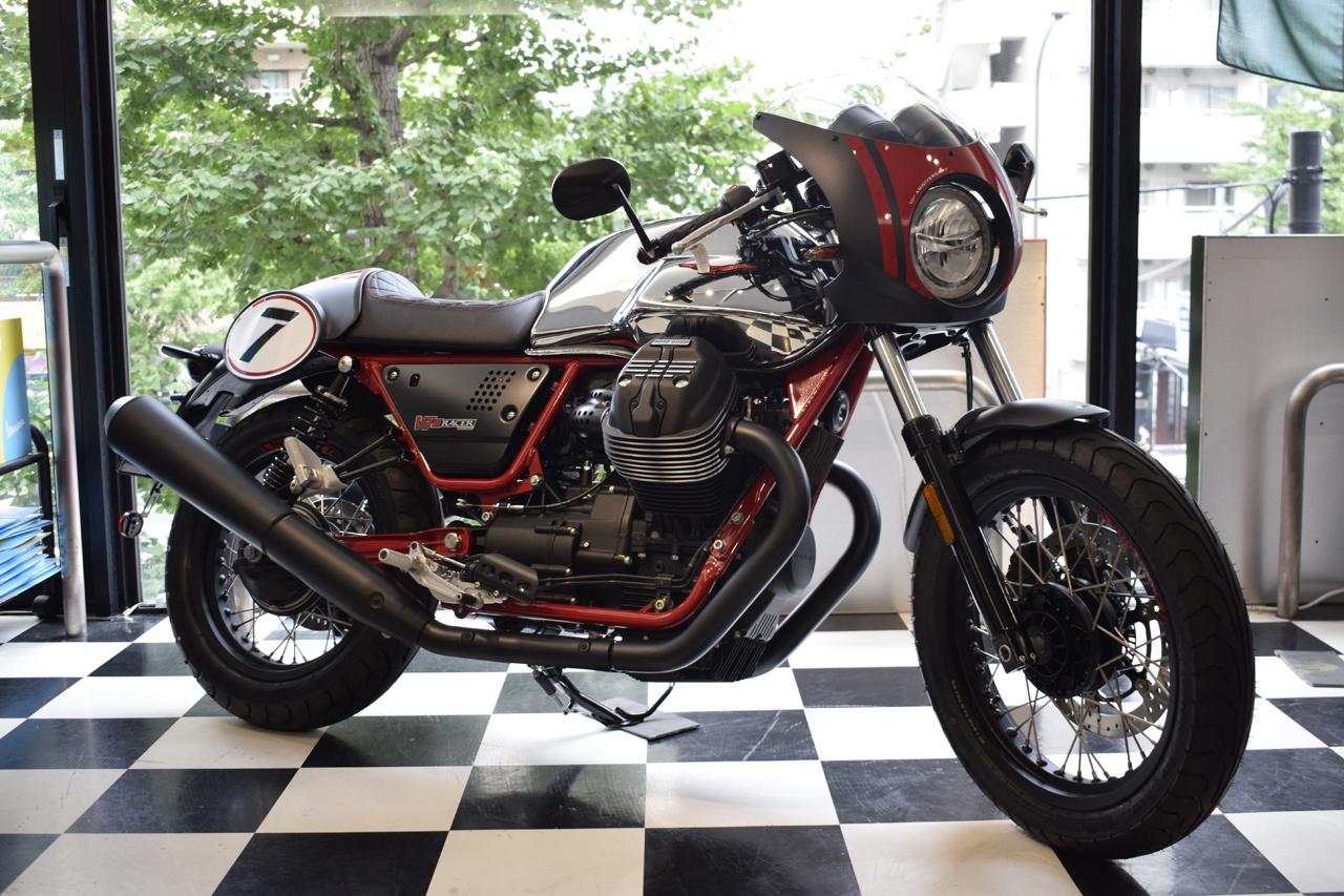 MOTO GUZZI V7 III Racer 10th ANNIVERSARY 入荷!_d0099181_11002265.jpg