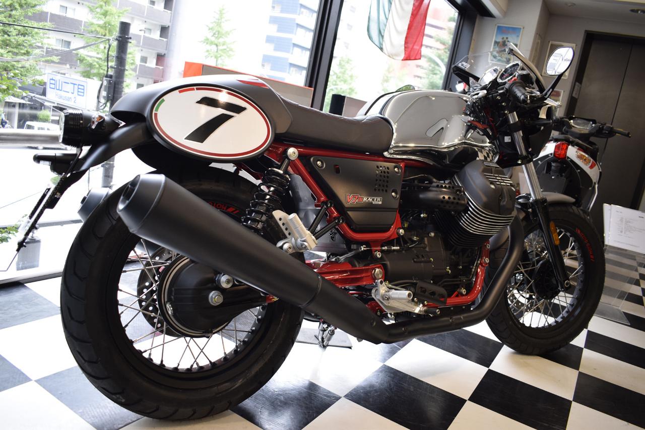 MOTO GUZZI V7 III Racer 10th ANNIVERSARY 入荷!_d0099181_11002578.jpg