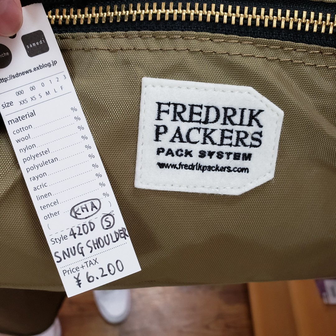 フレドリックパッカーズ バッグいろいろ入荷しました♪_e0076692_19283190.jpg