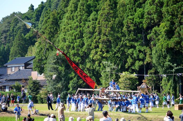 熊甲二十日祭の枠旗行事2013 その2_f0374895_22112980.jpg