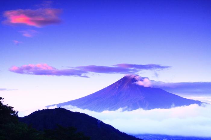 令和2年9月の富士(4) 御坂峠朝陽射し込む富士_e0344396_18552448.jpg