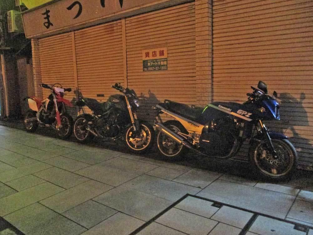 S田サン号 GPZ900RニンジャとMT-09・CRF450Lと久しぶりの夜走り~ヽ(^。^)ノ_f0174721_17241231.jpg