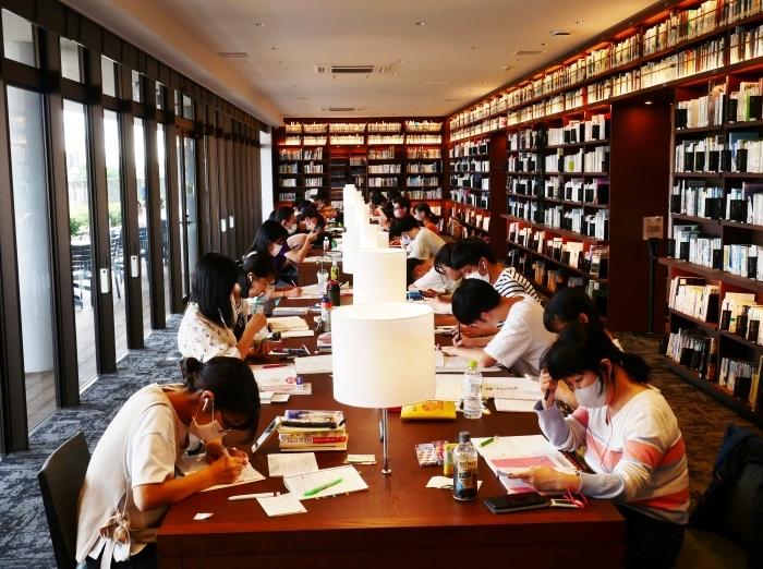 和歌山市民図書館  2020-10-02 00:00_b0093754_22593836.jpg