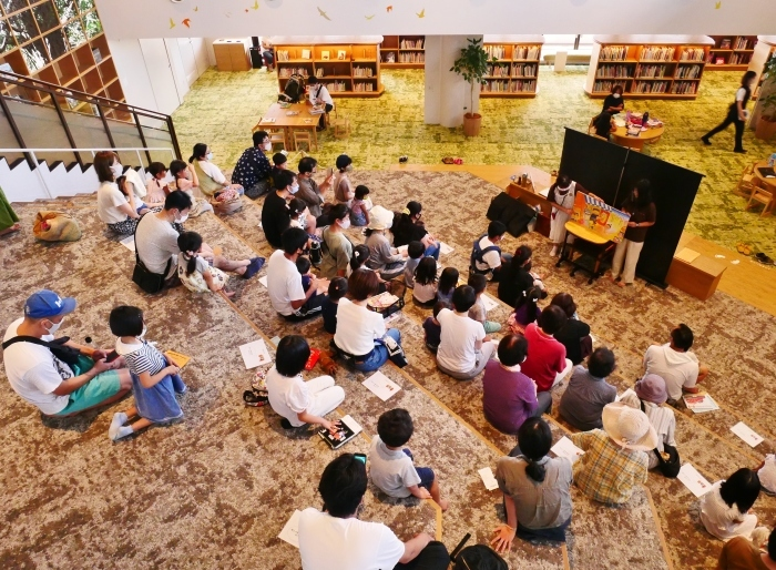 和歌山市民図書館  2020-10-02 00:00_b0093754_23002408.jpg