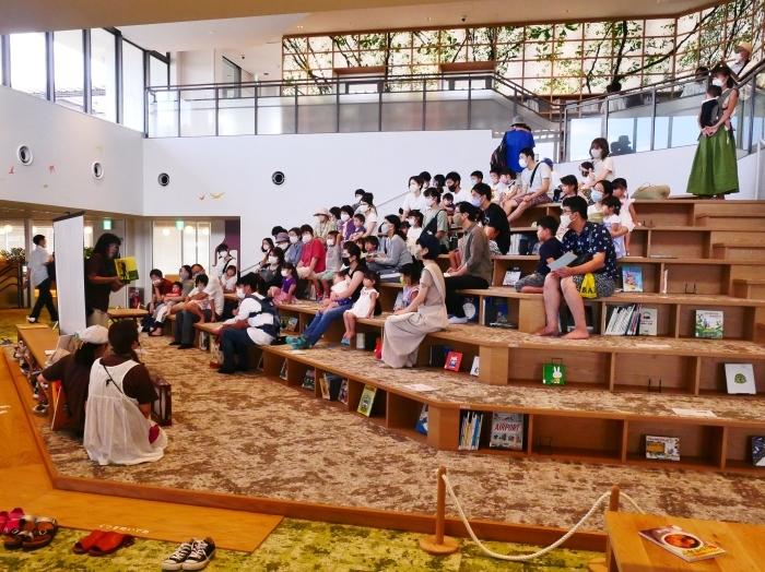 和歌山市民図書館  2020-10-02 00:00_b0093754_23013277.jpg