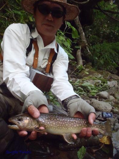 久しぶりに釣行写真です。_e0029256_09050811.jpg