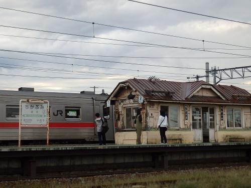 109年目の近文駅ホーム待合室_a0275468_23422397.jpg