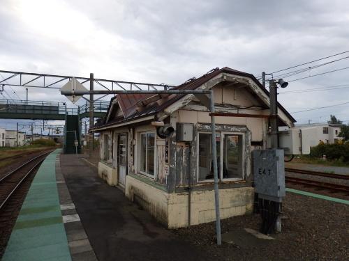109年目の近文駅ホーム待合室_a0275468_23431240.jpg