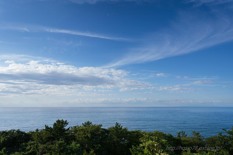 秋空の日本海_e0214470_11570354.jpg